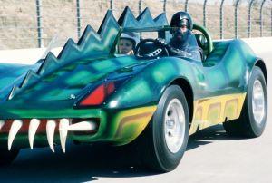 Frankenstein e seu carro